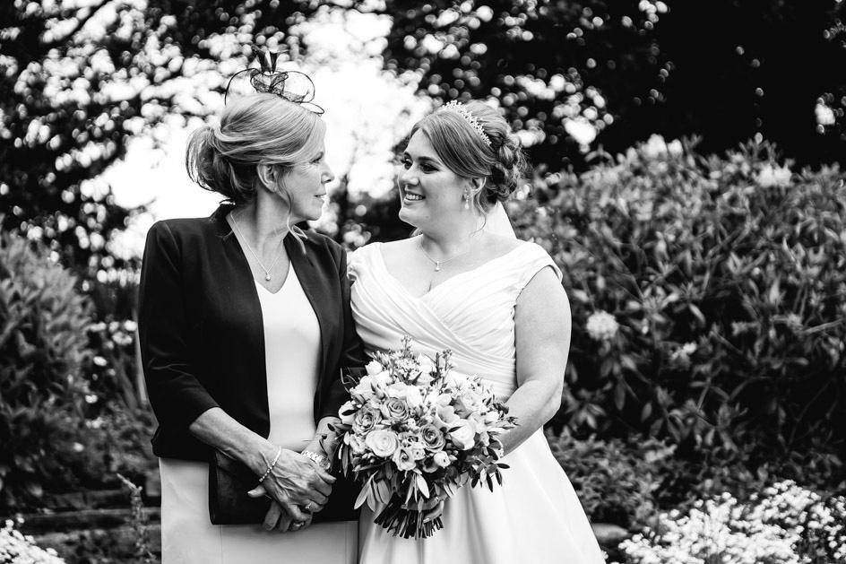 Dovecliff Hall Wedding Photography - Staffordshire Wedding Photographer.-78