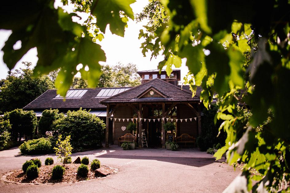 The Oak Tree Of Peover Wedding Photography - Cheshire Wedding Photographer-430