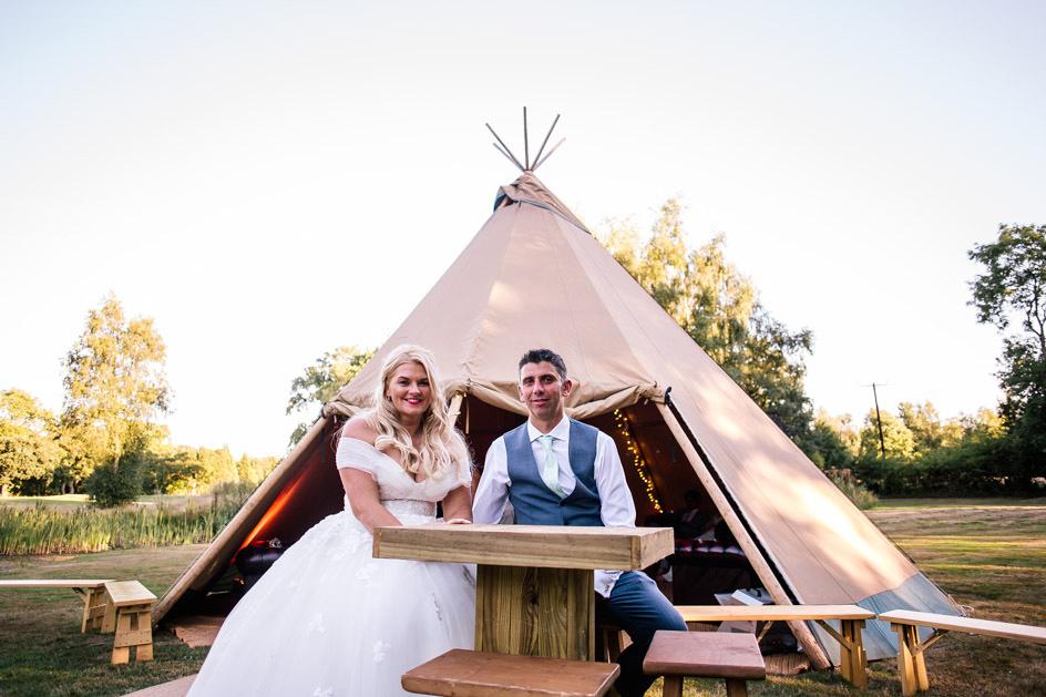 The Oak Tree Of Peover Wedding Photography - Cheshire Wedding Photographer-1010