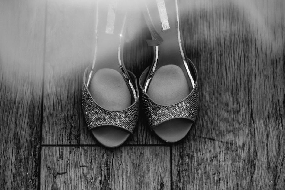The Oak Tree Of Peover Wedding Photography - Cheshire Wedding Photographer-9