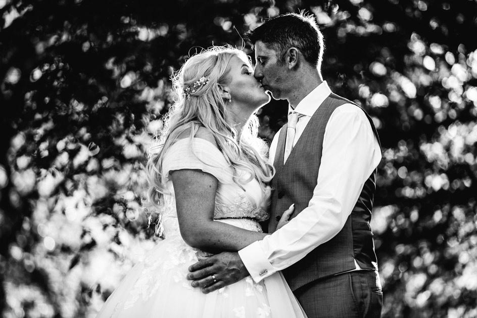 The Oak Tree Of Peover Wedding Photography - Cheshire Wedding Photographer-957